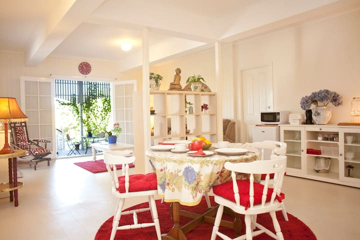 Yandina lovely comfortable apartment - Yandina - Apartament
