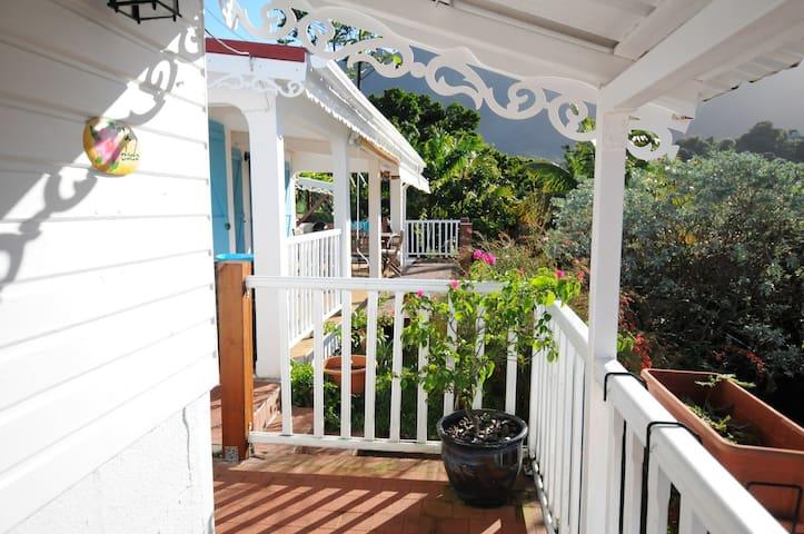 Villa Colibris avec vue magnifique Nord caraibe - Le Morne-Vert - House