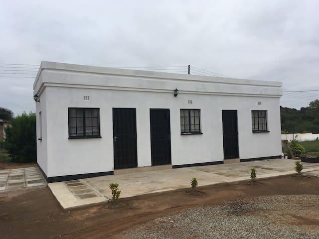 Tinny's Comfortable Home Stay in Mochudi