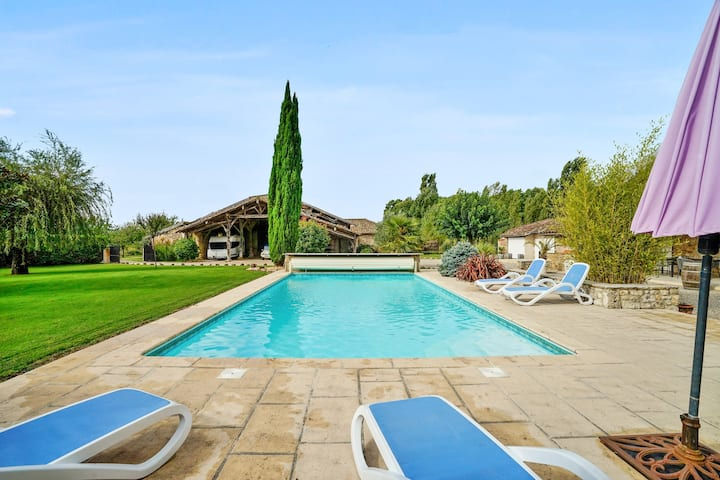 Villa with 4 bedrooms in Saint Sylvestre sur Lot, with private pool, furnished garden and WiFi - 200 km from the beach
