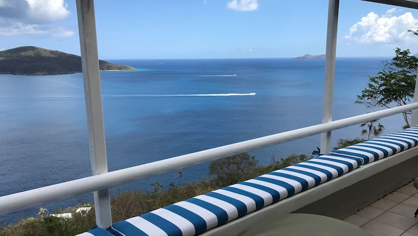 Breathtaking Oceanview Condo--Secluded Getaway!