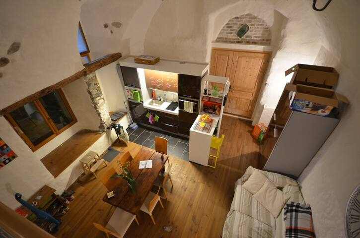 Tres beau/grand studio avec cachet - Veytaux - Condo