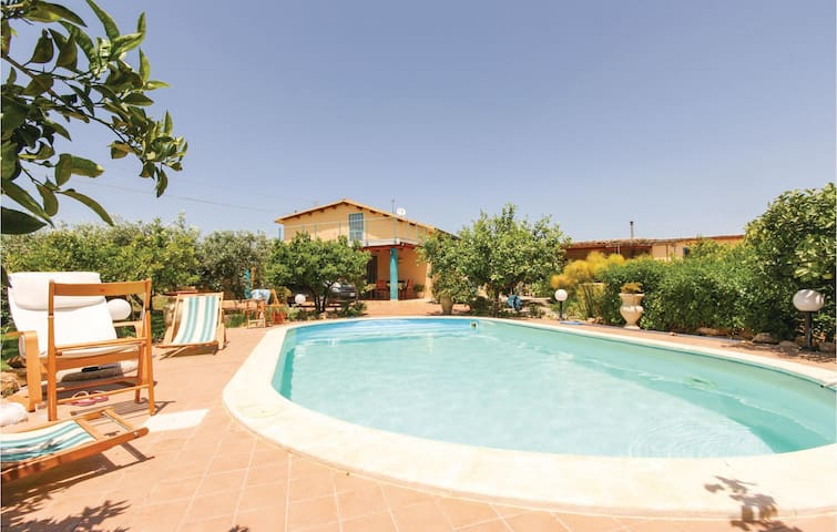 Holiday cottage with 2 bedrooms on 70m² in Menfi AG