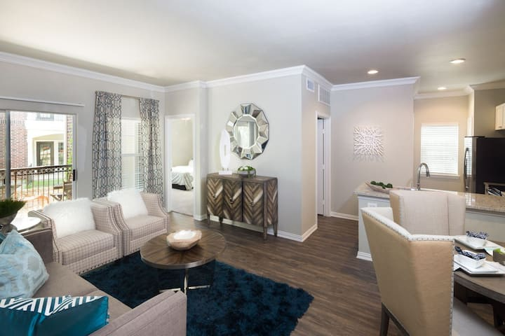 Well-kept apartment home | 2BR in Grapevine
