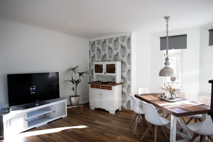 Lifestyle am rande Berlins, 20min zum Zentrum - Berlijn - Appartement