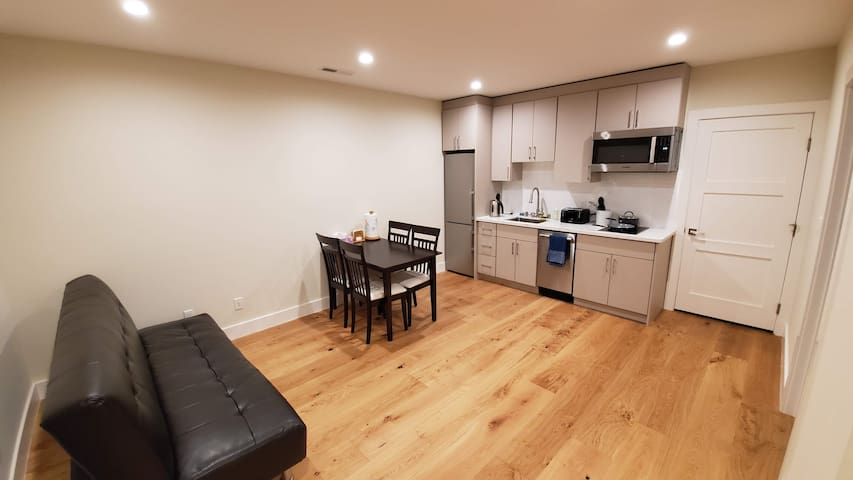 2 Bedroom Home in Sunset district