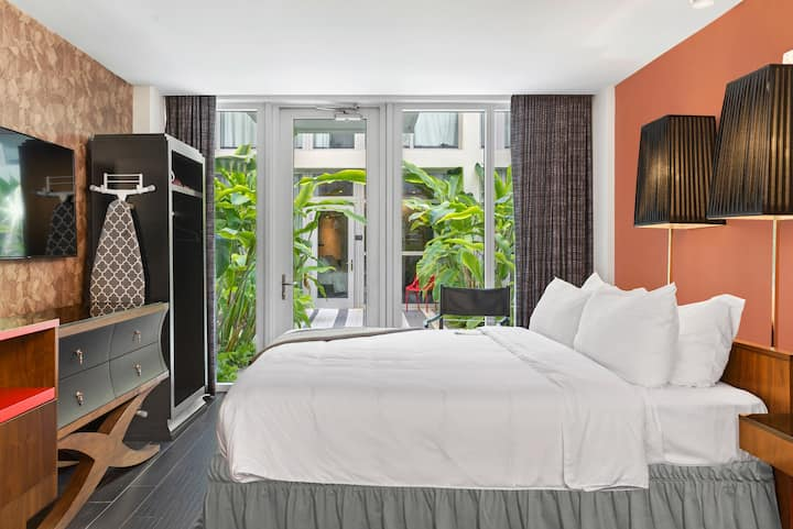New South Beach Hotel with King Bed & Garden View