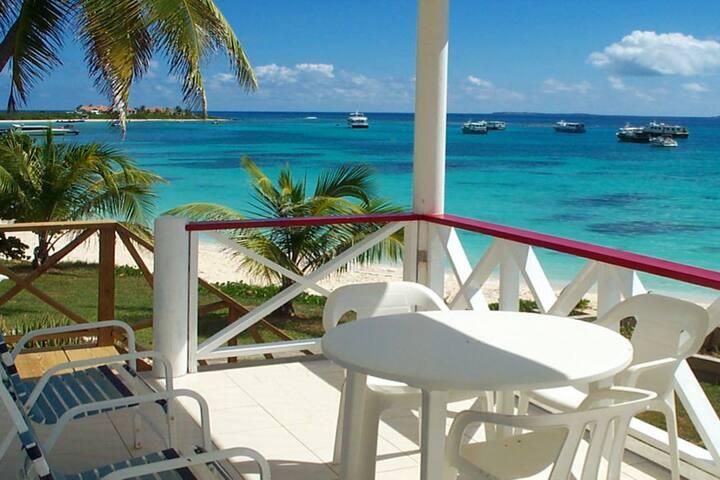 The Ferryboat Inn - The Beach House
