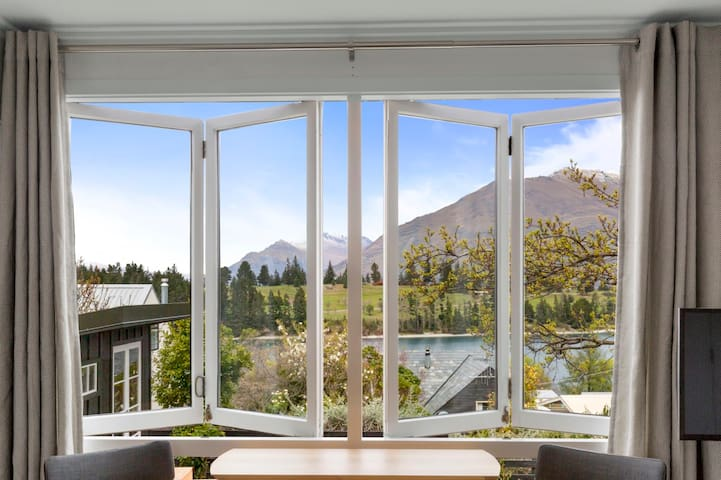The Wakatipu Suite