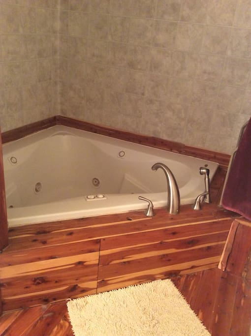 Relaxing in your jetted 2 person tub after a long day in Moab!