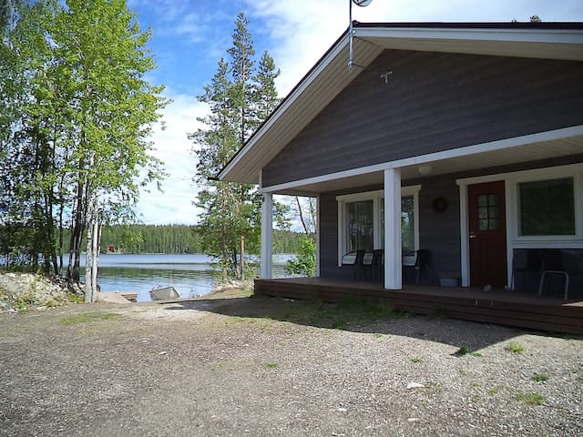 Hot Pool Cottage Laurinranta - Enonkoski - Talo