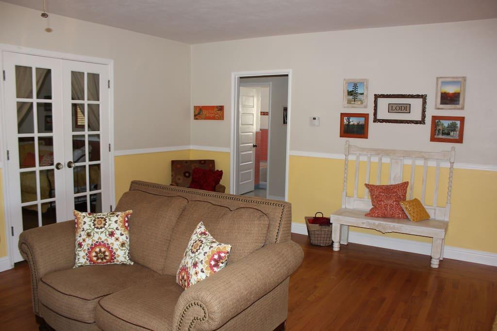 Family room decor highlights the Lodi area.
