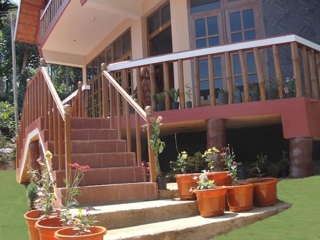 Siddharthvillage,Chellangod,Wayanad - IN - Apartment
