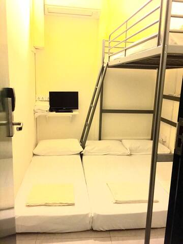4-person Bunk/Loft Bed Private Room - Singapour - Bed & Breakfast