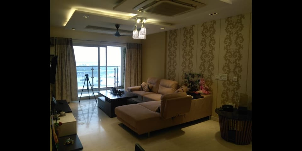 Serene living at Marine drive