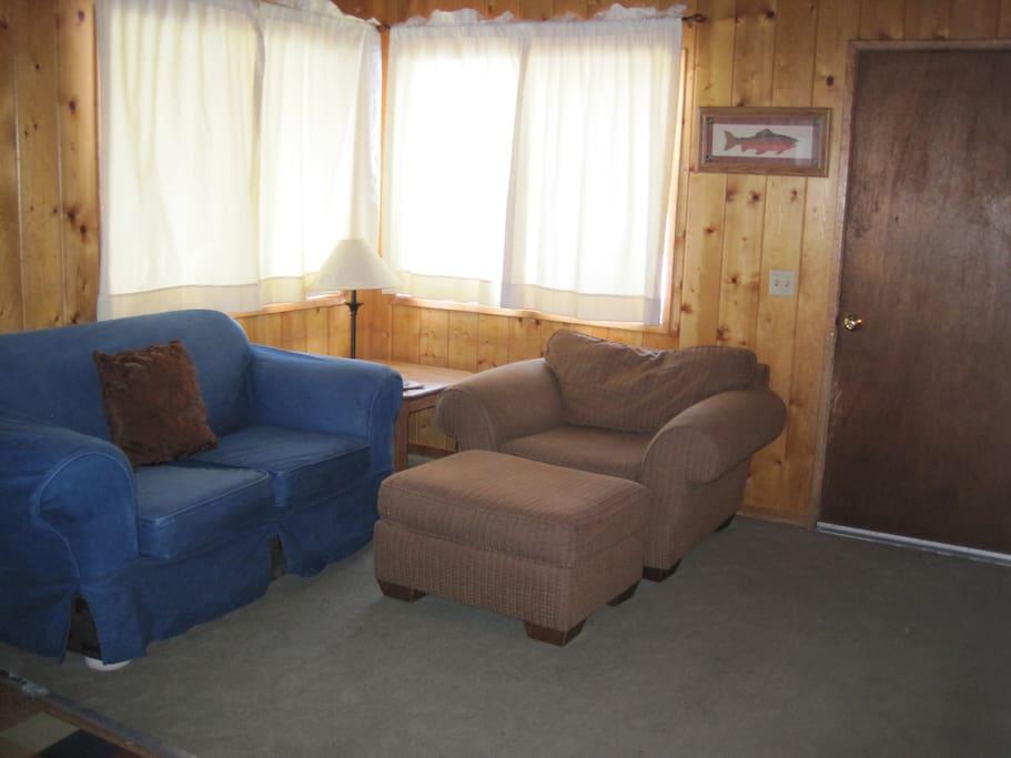Mammoth Lakes Dog Friendly Cabins