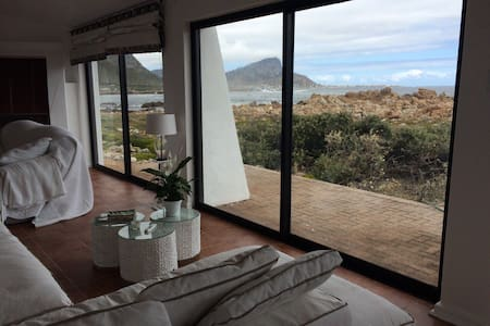 Beachhouse an hour from Cape Town - Rooi-Els
