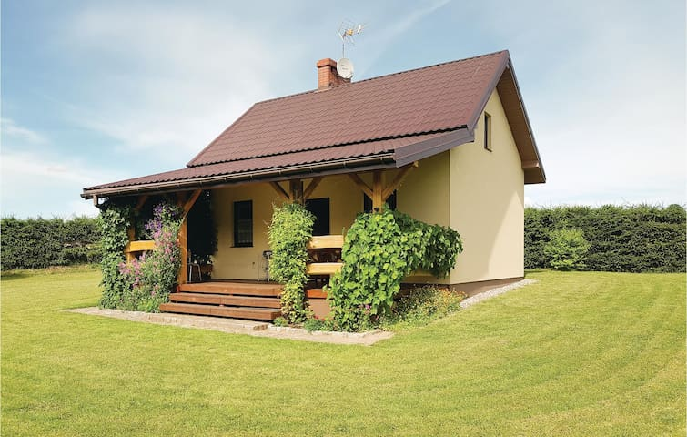 Holiday cottage with 2 bedrooms on 80m² in Prabuty