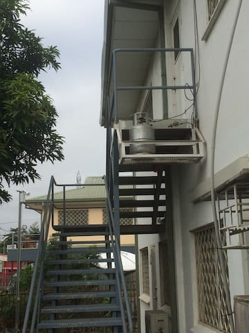 Modern Apartment in Secure Compound - Port Moresby