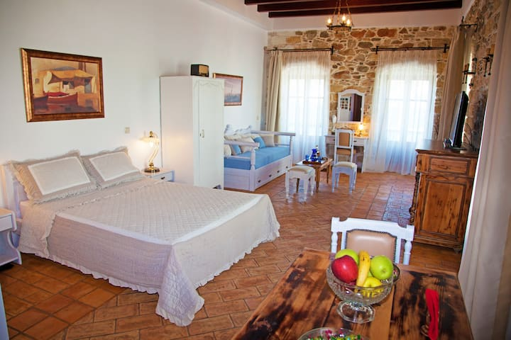 Hotel S.T.George Valsamitis - AMORGOS - Apartment