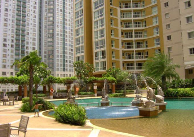 Spacious 2br, swimming pool, bellepark condo