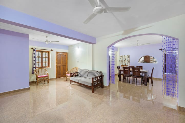 Spacious 2 BHK for 6, near Candolim Beach