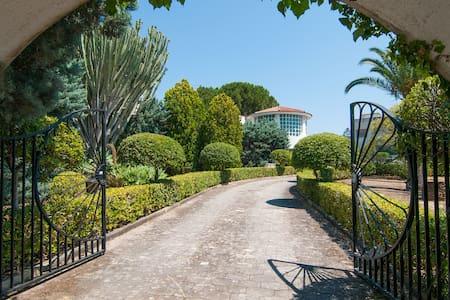 Villa di Fortunata