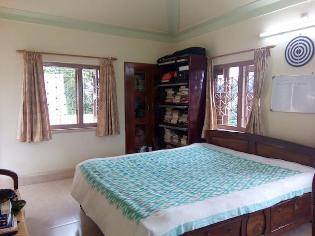 Cozy terrace room with amazing view - Bolpur - Bungalow