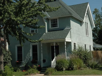 The Berg House-Elegant City Living - St Paul - Haus
