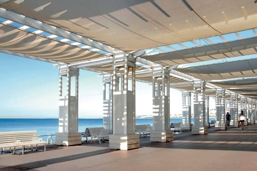A deux pas de la Promenade et de la plage - 2 steps from the Promenade and the beach (Negresco)