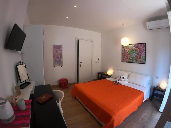 Hype Affittacamere offre stanza privata stile BOHO