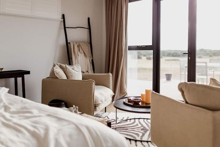 Majuba Country Lodge: Serengeti Two