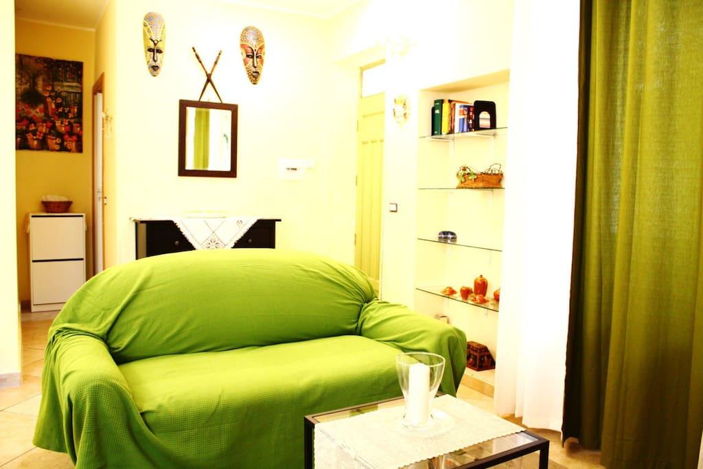 Divano - Letto / Sofa Bed