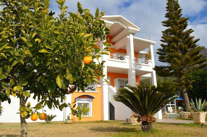 Villa Voyage - Preveza - Hus