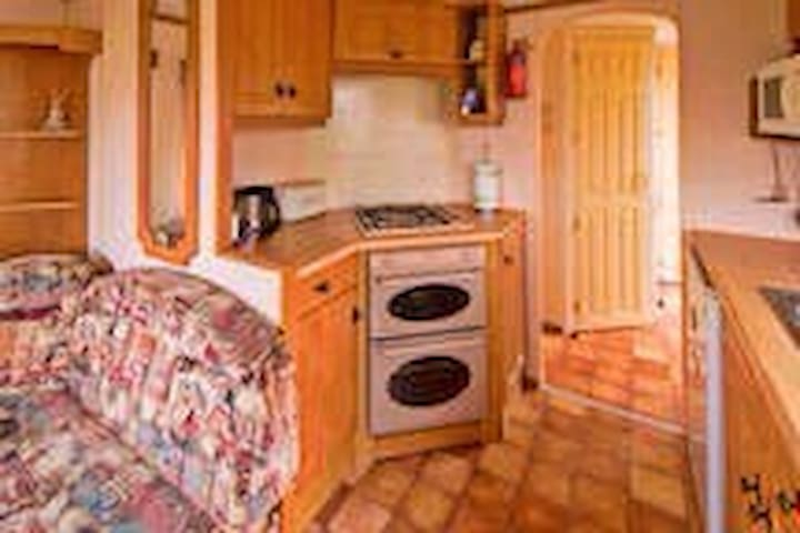 Trixies Holiday Home - Saltcoats