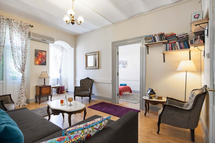 ★Vintage Flat Next to GalataTower★ - Istanbul - Appartamento