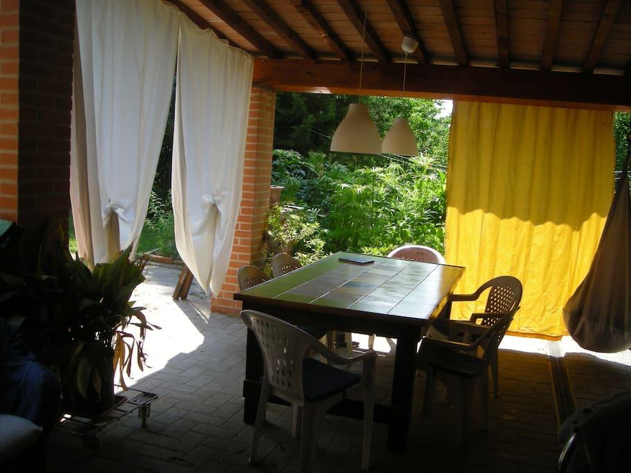 il patio per prani e cene in piena libertà