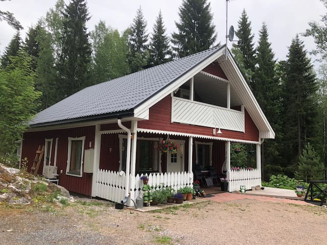 Two bedrooms in summer house nearby Lahti