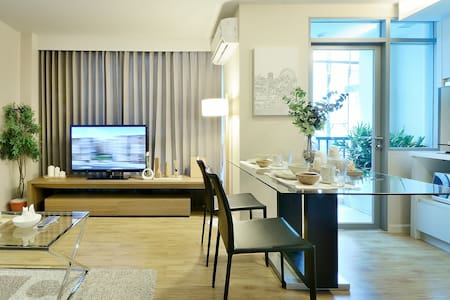 Siamese Nanglinchee 1 BR Apartment - Apartament