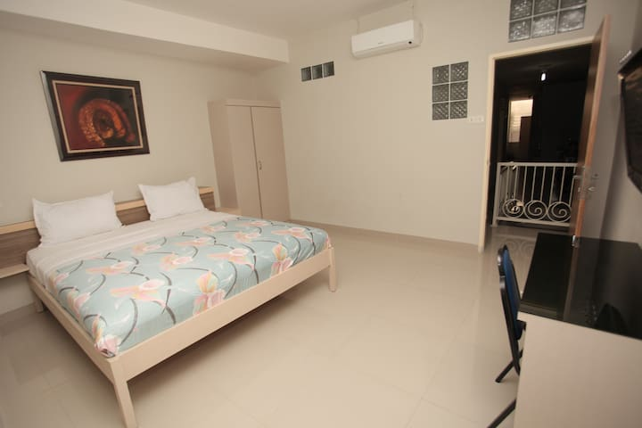 Spacious Room in city center - Medan - Bed & Breakfast