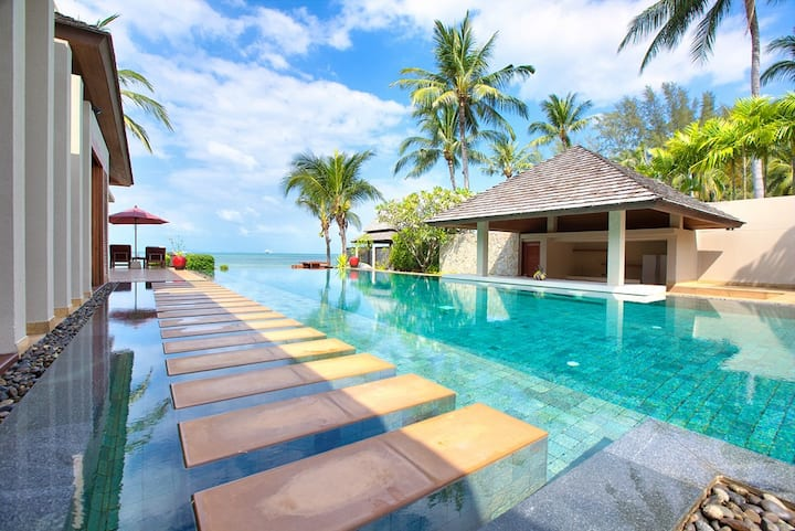 Beachfront luxury villa
