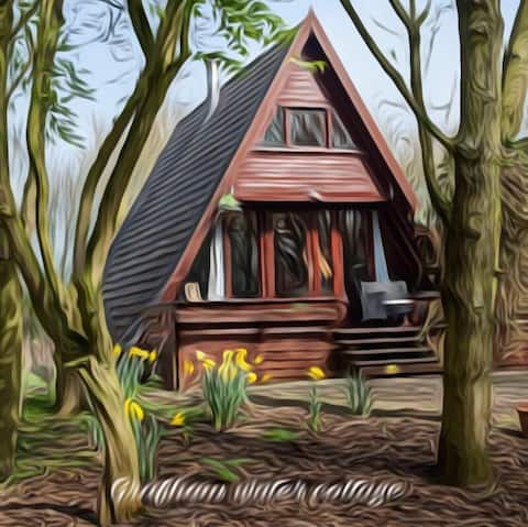 GRAFHAM WATER LODGE-escape to the enchanted forest