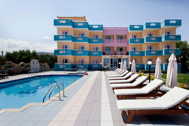 VACATION YOUR WAY AT EVALIA APTS - HERSONISOS  - Leilighet