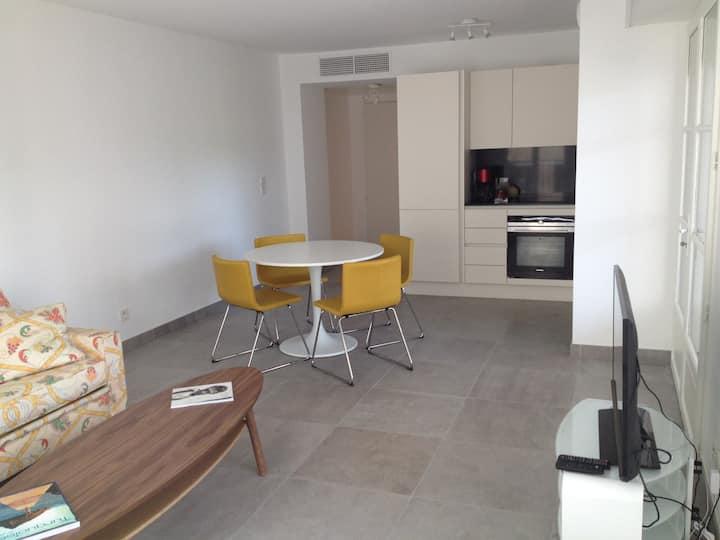 New development Place des Lices