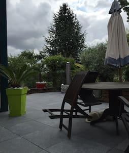 Chambres et SDB privées - Maidières