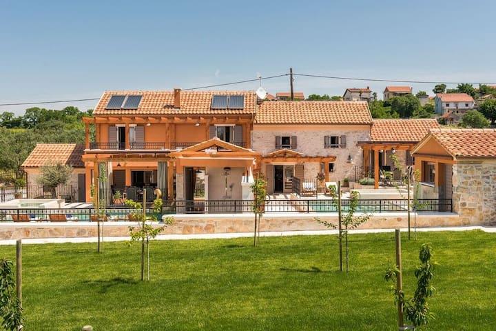 Villa Hirundo Rustica - feel like home (for 4 ppl)