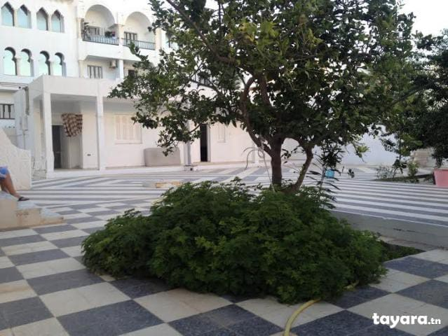 Rez de chausse au bord de la mer - Sousse - Villa
