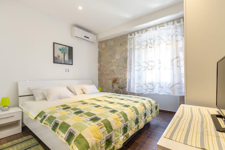 Luxury New Room ****