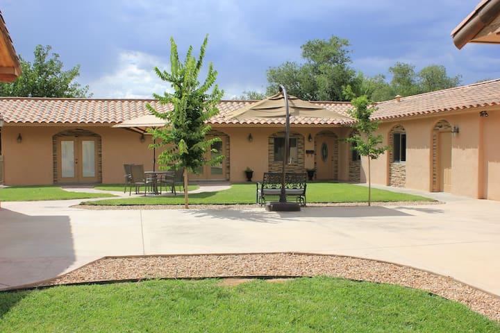 N.Valley 3bed/2bath Rate Inclusive - Los Ranchos de Albuquerque - Casa