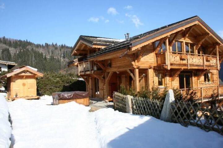 Prestigious chalet near Chamonix